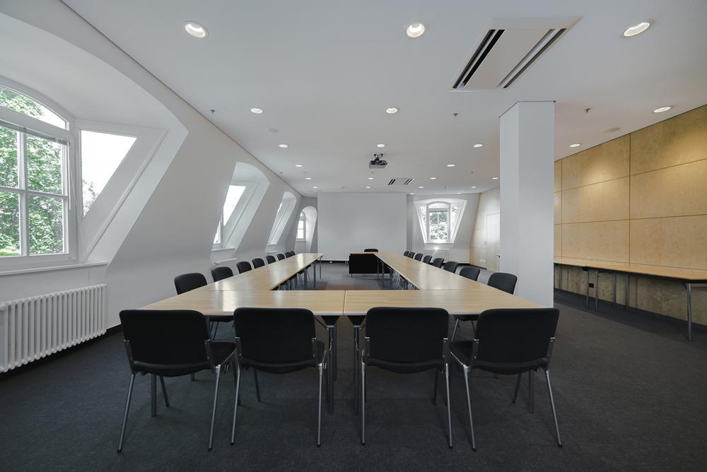 Sitzungsraum 13